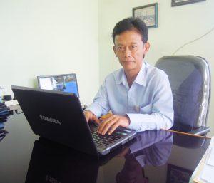 Deni Rusnandar, Pinca BPR Kerta raharja Ciwidey.