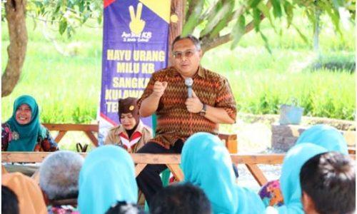 Bupati Marwan Hamami menyampaikan arahan di hadapan acara silaturahmi keluarga besar DPPKB