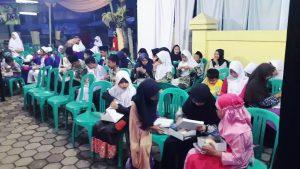 Anak- anak yatim yang ikut kegitan kunker Kapolres Bandung   di polsek Ciwidey desa Ciwidey Kec . Ciwidey Kab. Bandung. Jumat (2/6).