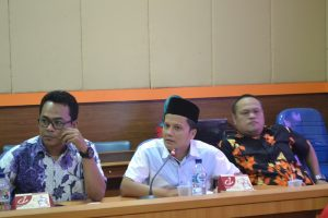 Koordinator Divisi Pencegahan dan Hubungan Antar Lembaga Panwaslu Kab Bandung Hedi Ardia mengungkapkan, masih banyaknya masyarakat yang belum terekam KTP-el