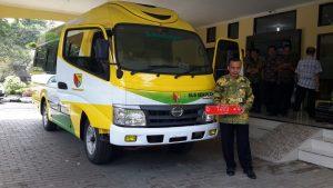 Mobil jenis ini sengaja disiapkan Disdik Kabupaten Bandung untuk menjemput siswa sekolah di kawasan terpencil.