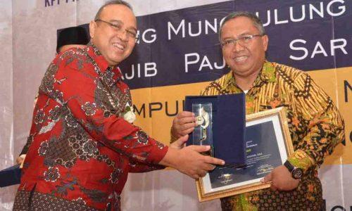 Dua Bintang Di Pundak Bupati Sukabumi