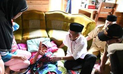 Sempat Dikabarkan Hilang 6 Hari, Nenek Ipah Dijenguk Plt Bupati Cianjur