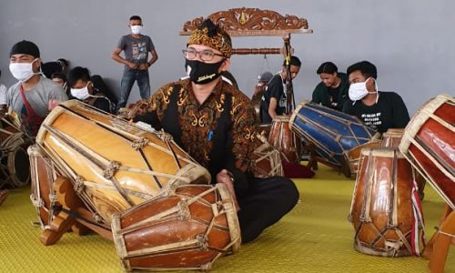 Disparbud Kab. Bandung Sosialisasikan Protokol Kesehatan Pada Pelaku Seni
