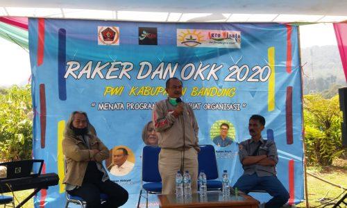 Bapaslon Bupati/Wakil Bupati Bandung Janjikan Pilkada 2020 AMan Damai