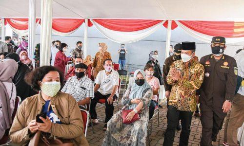 Ratusan Warga Kabupaten Bandung Semangat, Ikut Divaksin Covid-19 Pada Peringatan Hari Bhakti Adhyaksa