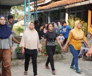 Mak-Emak Pamekarsari Ciwidey Semangat Ikuti Lomba HUT Kemerdekaan